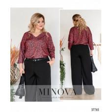 Женская стильная рубашка батал с ярким принтом -бордо