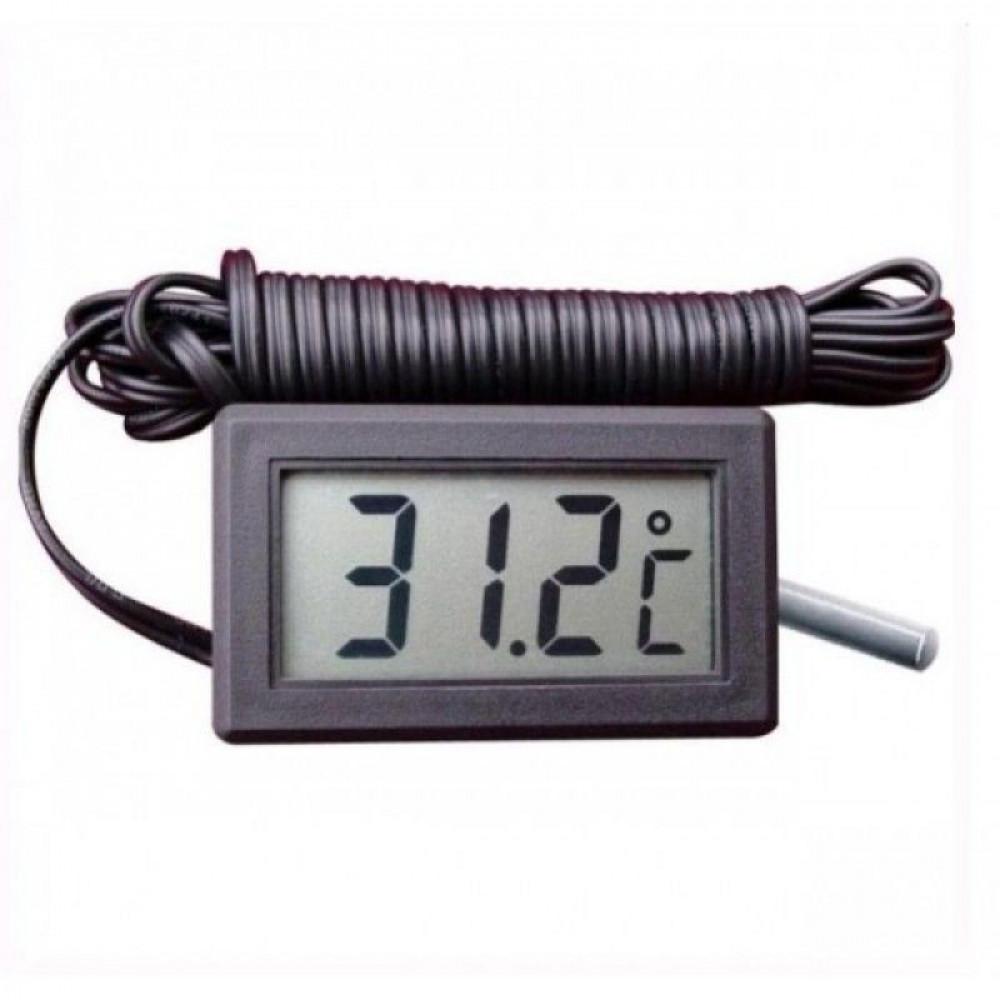 Термометр с выносным датчиком DC1