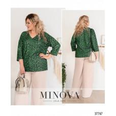 Женская стильная рубашка батал с ярким принтом-зеленый
