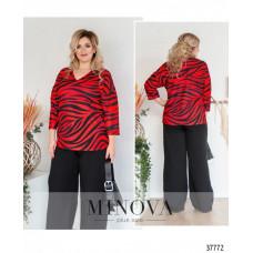 Женская стильная рубашка батал с ярким принтом-красный