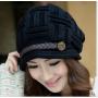 Зимняя женская теплая шапка (черная)