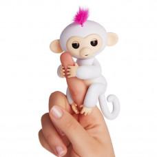 Интерактивная игрушка обезьянка Fingerlings Baby Monkey белая